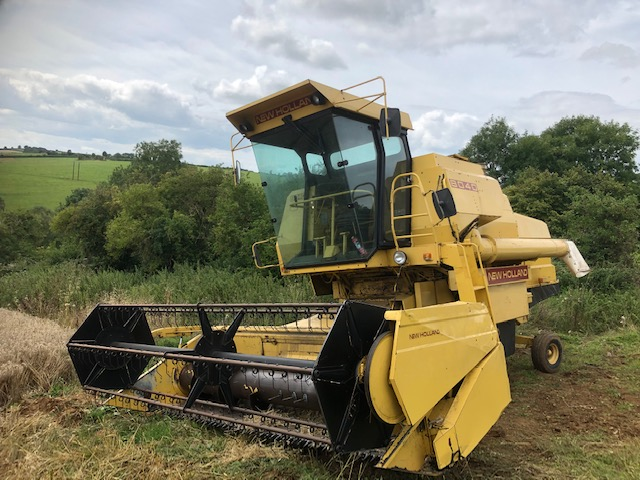 NH-8040 Combine For Sale